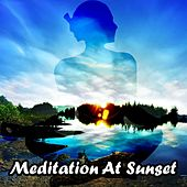Meditation At Sunset de Zen Meditation and Natural White Noise and New Age Deep Massage