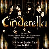 Live in Detroit de Cinderella