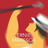 Down on the Beach van Ernie Maresca