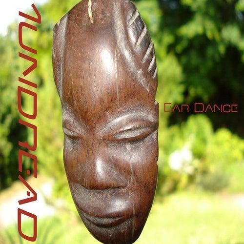 Ear Dance by 1undread