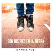 Con los Pies en la Tierra de Daniel Poli