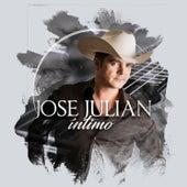 Intimo by José Julián
