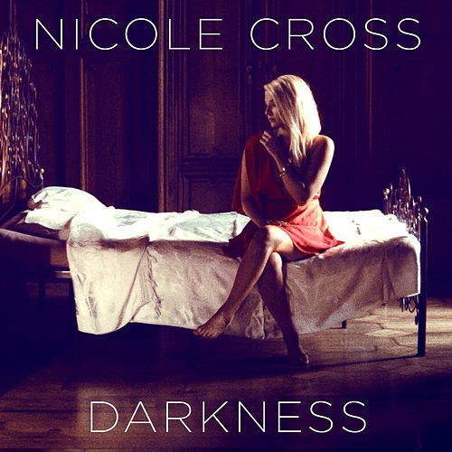 Darkness de Nicole Cross