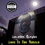 Lives in the Balance de Lascelles Douglas