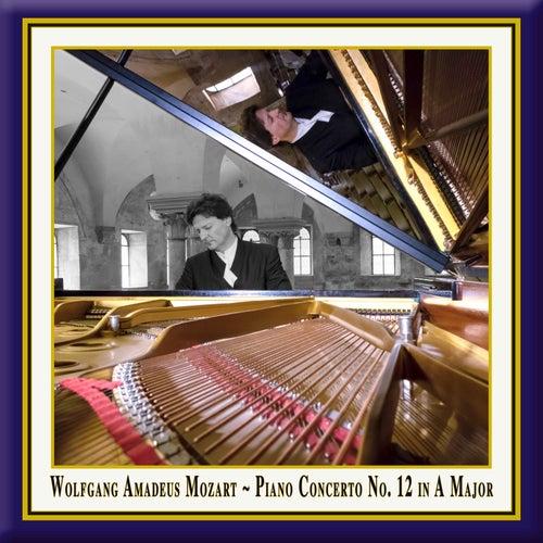 Mozart: Piano Concerto No. 12 in A Major, Op. 4 No. 1, K. 414 de Christoph Soldan