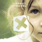 X von Opas Diandl