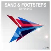 Sand & Footsteps von Eleven Skies