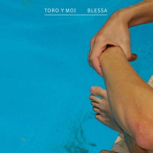 Blessa b/w 109 by Toro Y Moi