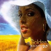 Le moi de may by Goldee