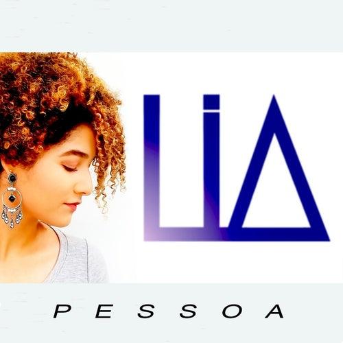 Pessoa by Lia