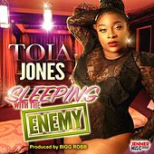Sleeping with the Enemy by Toia Jones