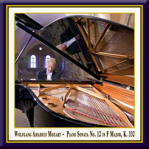 Mozart: Piano Sonata No. 12 in F Major, K. 332 by Rolf Plagge