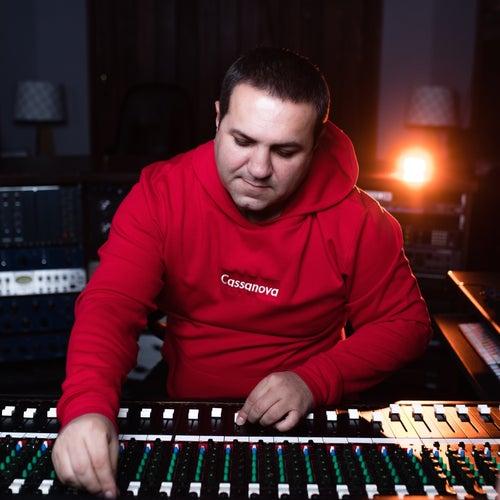 Hayreniki Jure (feat. Super Sako & Ayser Davtyan) van Sammy Flash