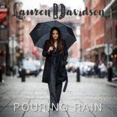 Pouring Rain de Lauren Davidson