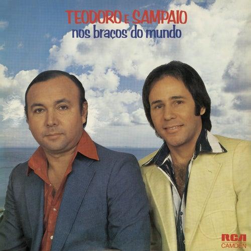 Nos Braços do Mundo de Teodoro & Sampaio