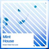 Mint House van Various