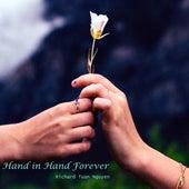 Hand in Hand Forever de Richard Tuan Nguyen