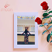 Roses by Moon