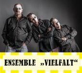 Ungeschminkt by Ensemble Vielfalt