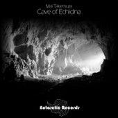 Cave of Echidna de Mai Takemura