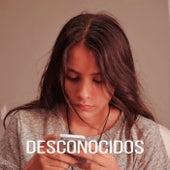 Desconocidos von Melanie Espinosa