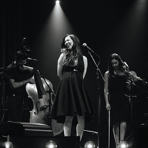 From This Valley (Live) de Joy Williams