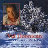 The Val Doonican Christmas Album von Val Doonican