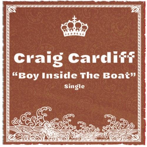 Boy Inside the Boat von Craig Cardiff