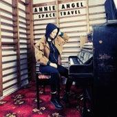 Space Travel von Annie Angel