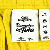 Domenica In Tuta by Chili Giaguaro