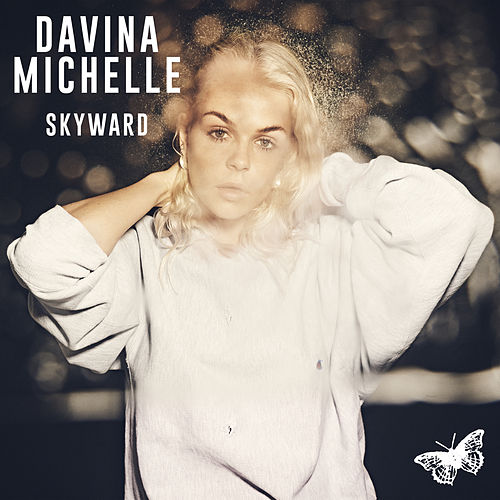 Skyward van Davina Michelle