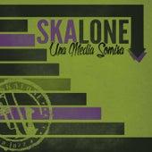 Una Media Sonrisa by Skalone
