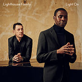 Light On de Lighthouse Family