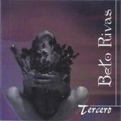 Tercero de Beto Rivas