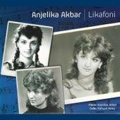 Likafoni de Anjelika Akbar