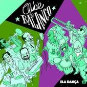 Ela Dança de Clube Do Balanço
