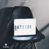 Outside de Various