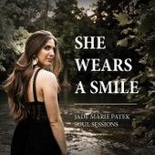 She Wears a Smile von Jade Marie Patek