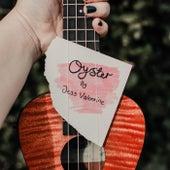 Oyster von Jess Valentine