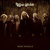 In Here von The Magpie Salute