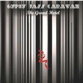 The Grand Hotel de The Gypsy Jazz Caravan