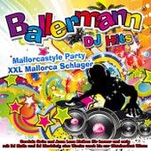 Ballermann DJ Hits 2019  (Mallorcastyle Party  XXL Mallorca Schlager) (Cordula Grün und Anna Lena bleiben für immer und ewig  mit DJ Malle und DJ Bierkönig eine Woche wach bis zur Oktoberfest Wiesn) de Various Artists