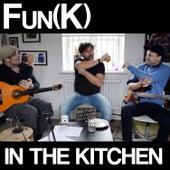 Grab 'Em by the Elbow (Kitchen Version) de Chris Gray