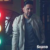 Cuan grande es Él (Instrumental Version) di Silvio