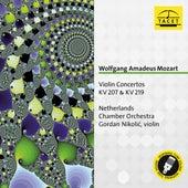 Mozart: Violin Concertos Nos. 1 & 5 de Gordan Nikolic