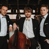 Christmas With The Milestones de milestones Jazzband