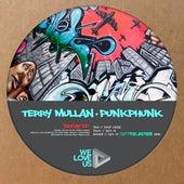 Decay de Terry Mullan