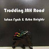 Trodding Jah Road de Asha Heights