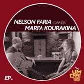Nelson Faria convida Marfa Kourakina: Um Café Lá em Casa von Nelson Faria