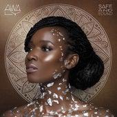 Safe And Sound de Awa Ly
